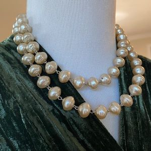 🎉5/20 SALE🎉 lydell nyc faux pearl necklace